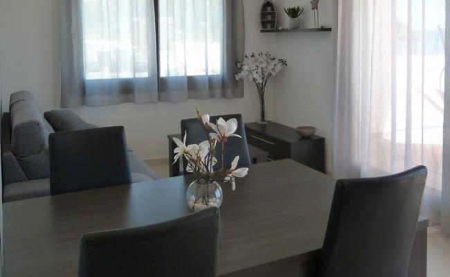 menjador-cala-tamarit-taula-finestra