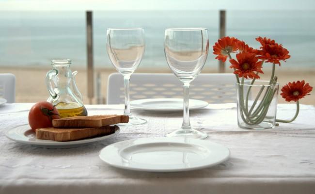 terrassa-cala-tamarit-esmorzar